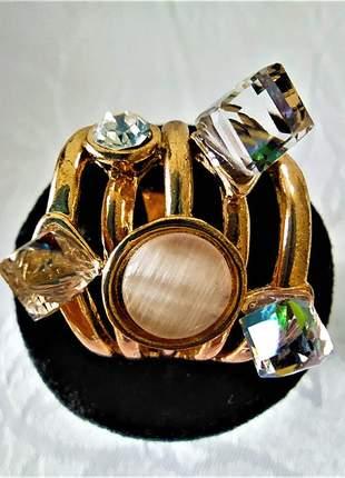 Anel indexado quíntuplo dourado pedras
