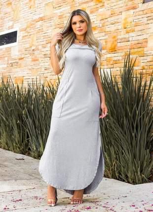 Vestido max com fenda na lateral