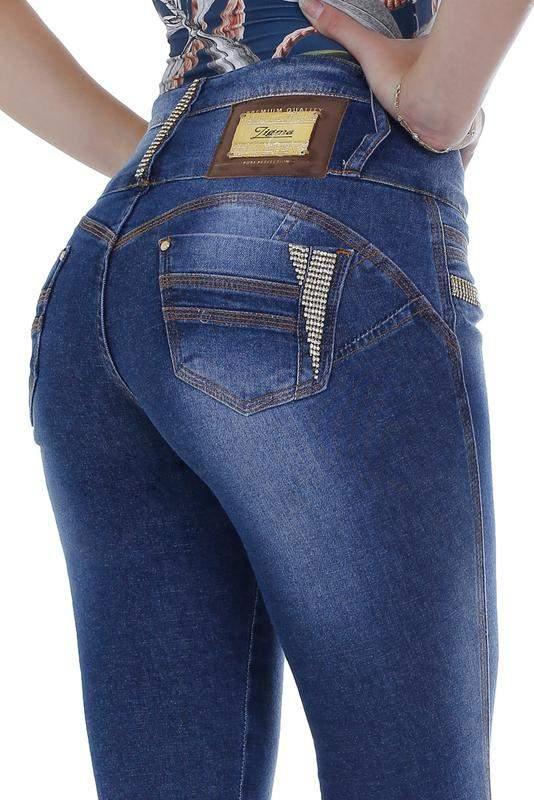 3d556eae4 Calça jeans com enchimento zigma strass skinny azul - R  239.99 ...