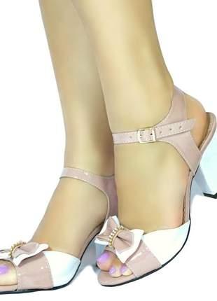 Sandália salto médio grosso branca rosa nude