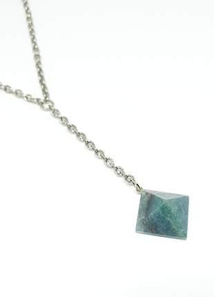 Lindo colar delicado com pingente de pedra natural de ágata aventurina
