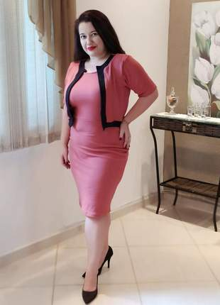 Vestido midi plus size, moda evangélica social (em malha crepe)