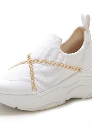 Tênis confortável feminino- corrente dourada
