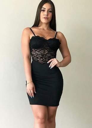 Vestido feminino curto ponto roma e renda