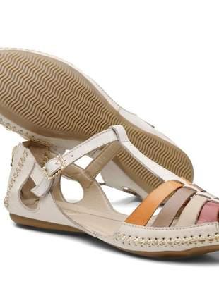 Sandália rasteira feminina em couro legítimo off white com tiras coloridas