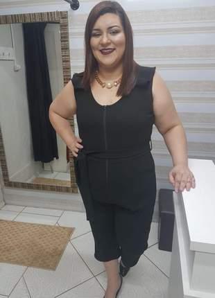 Macacão pantacourt plus size