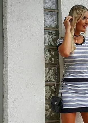 Vestido curto feminino listrado manga curta
