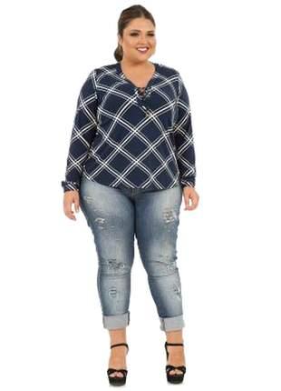 Camisa plus size geométrica manga longa