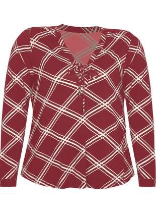 Camisa plus size geométrica plus manga longa