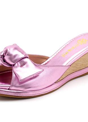 Sandália tamanco lilas metalizado salto baixo laço juta bege