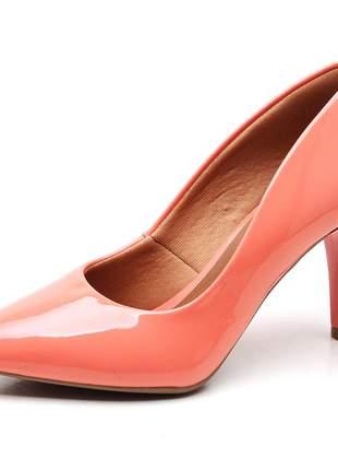 Sapato scarpin feminino salto médio fino verniz coral