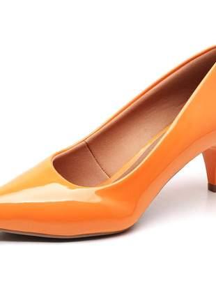 Sapato scarpin feminino salto baixo fino verniz laranja