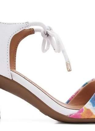 Sandália feminina tie dye branca casual ramarim