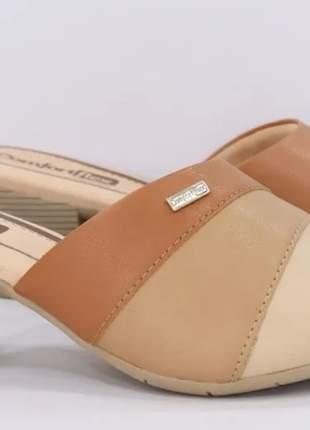 Tamanco feminino elegante confortável calce prático