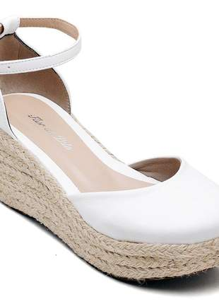 Sandália anabela branca salto medio flat form corda