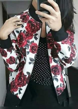 Jaqueta feminna estampada