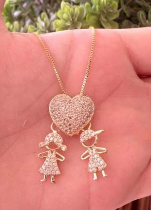 Colar coração cravejado casal de filhos banhado a ouro