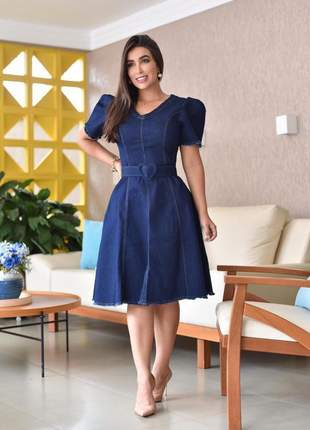Novidade - vestido jeans evasê com cinto coração - azul marinho - moda evangélica