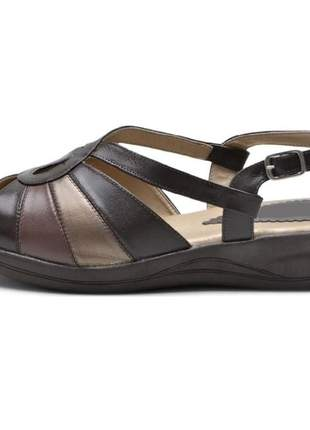 Sandália pierrô conforto ortopédica couro legítimo cor marrom escuro com detalhes