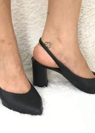Scarpin feminino salto baixo grosso preto napa social