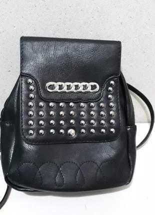 Mini mochila preta