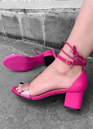 Sandalia feminina salto bloco baixo rosa pink de amarrar lançamento