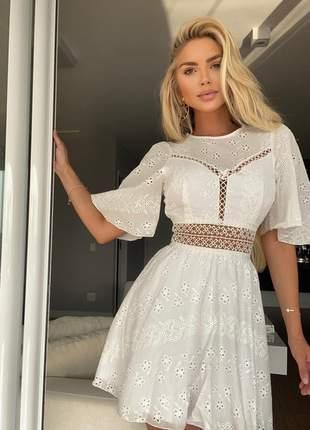 Vestido curto belle
