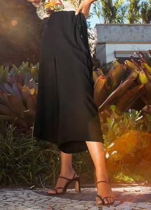 Calça pantacourt feminina preto básico dia a dia