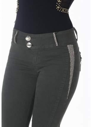 Calça jeans zigma skinny verde com bojo estilo pitbul