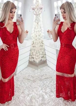 Vestido longo rendado com detalhes em guipir lançamento 2019
