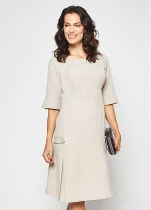 Vestido liso com prega na barra decote quadrado kaki - 06063