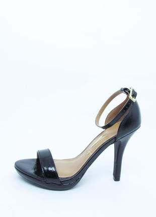 Sandália feminina preta vizzano lovers verniz glam salto alto 10 cm