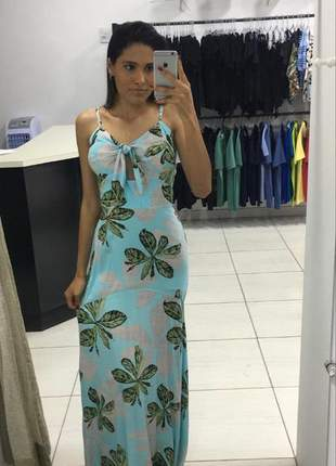 Vestido feminino estampado decote v casual modelo longo