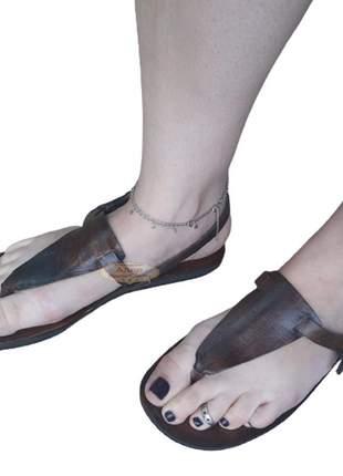 Sandália em couro feminina hippie chic