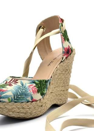 Sandália anabela floral salto plataforma amarrar na perna corda