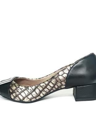 Scarpin em couro salto baixo quadrado bloco bico fino croco preto e cinza
