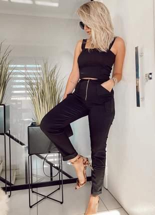 Conjunto de calça skinny com zíper e cropped