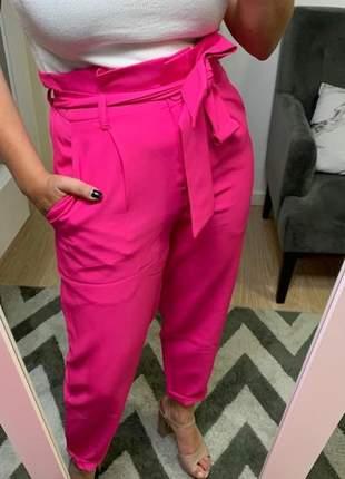 Calça feminina alfaiataria com cinto clochard cintura alta rosa
