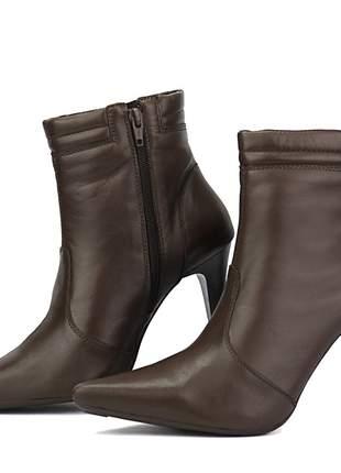 Bota feminina em couro salto alto fino sapatofran ankle com zíper marrom