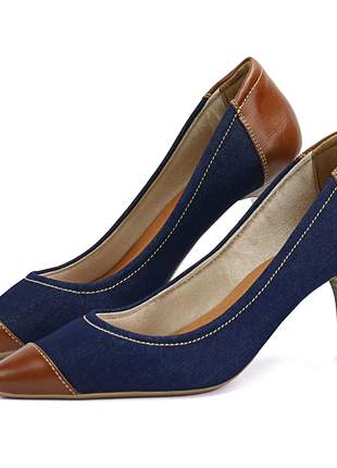 Scarpin em couro salto fino médio e bico fino sapatofran jeans e marrom feminino