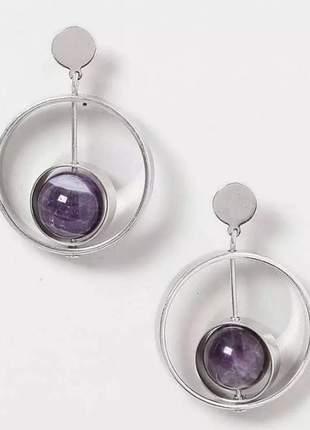 Brinco violet