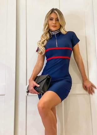 Vestido feminino midi de linho azul