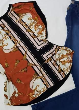 Blusa plus size dois tecidos
