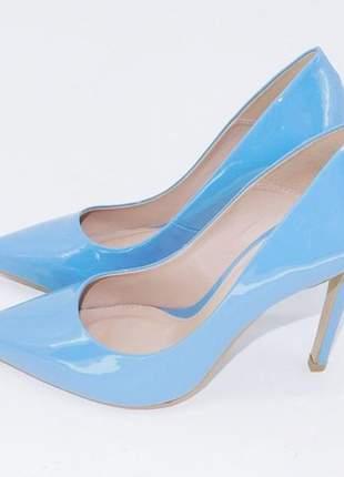 Scarpin fun store azul verniz bico fino salto 12 cm