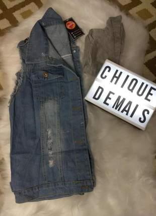 Colete jeans com capuz
