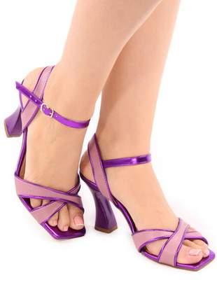 Sandália roxa metalizada salto taça