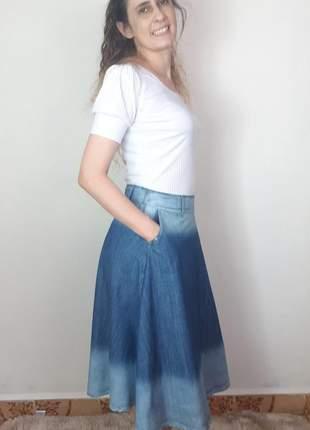 Saia jeans midi rodada godê com bolsos moda evangélica