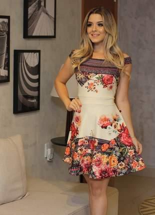 Vestido bonequinha floral