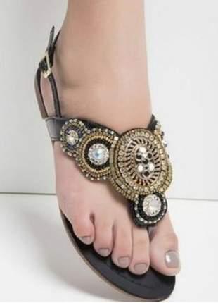 Sandália feminina rasteira bordada estilo indiana