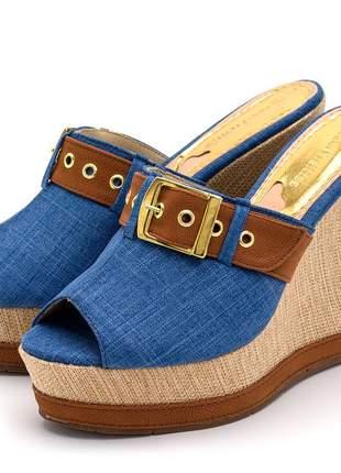 Sandália tamanco jeans detalhe marrom fivela salto plataforma juta bege